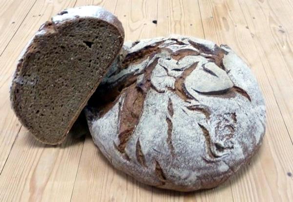 Pan de espelta, centeno y semillas